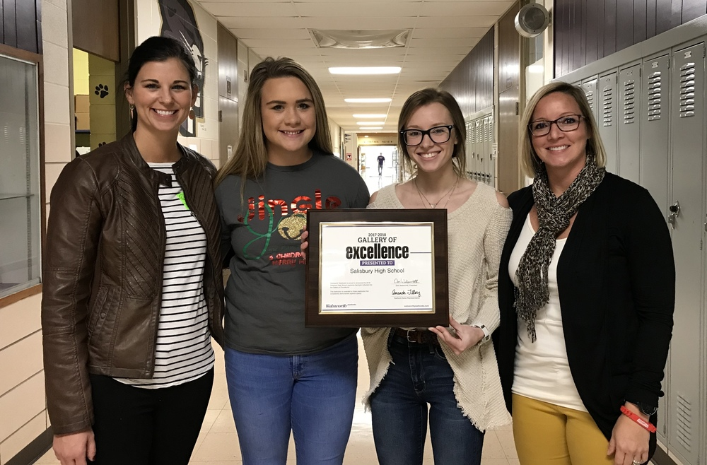 SHS Yearbook Staff Receives Recognition